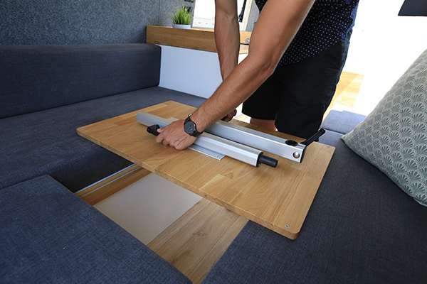 Lagun Tischgestell Beispiel Tischplatte